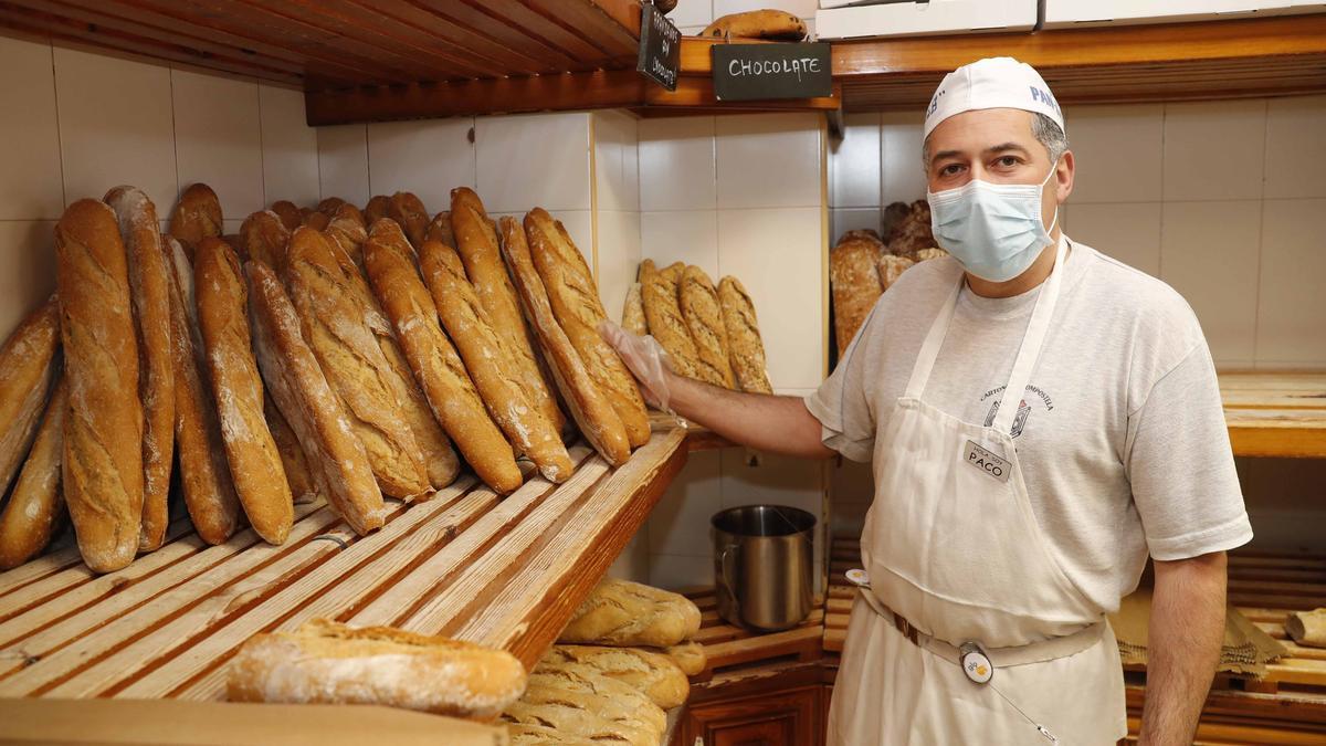 Paco Sánchez, presidente de Aproinppa, apunta a la diversificación, el valor añadido y la formación como líneas maestras del futuro de la panadería.