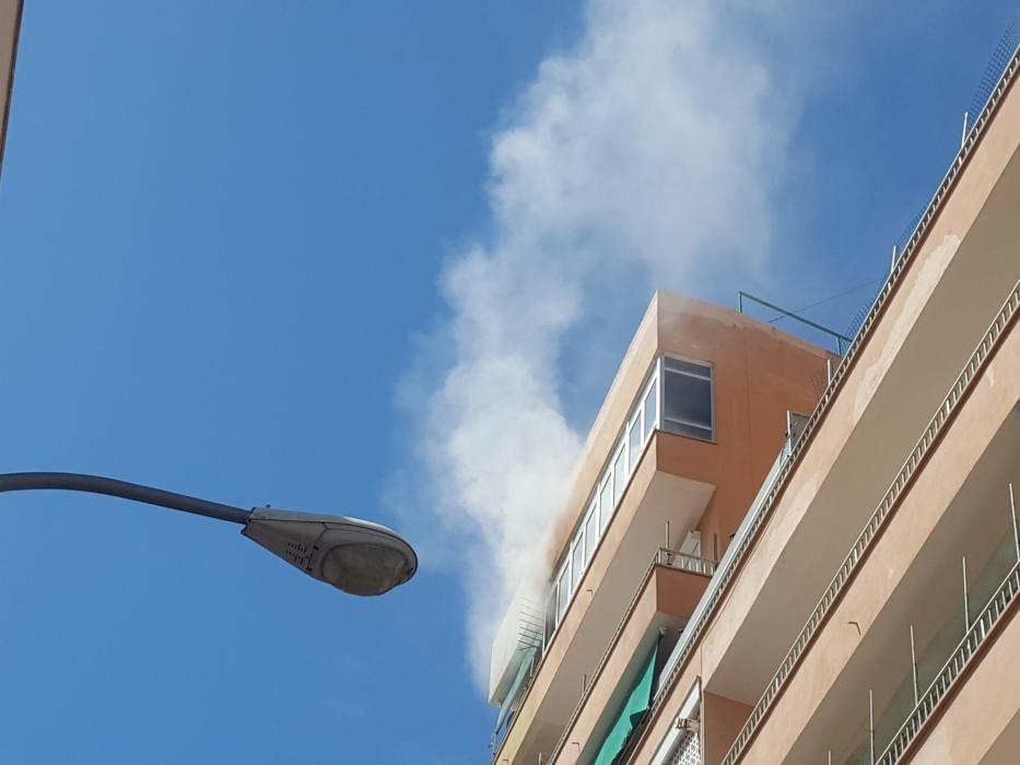 Alarma por un incendio en un ático en Palma