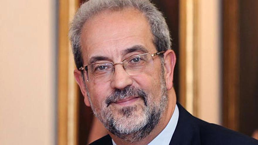 El rector de la Universidad de Salamanca recibe la Orden del Sol Naciente de Japón