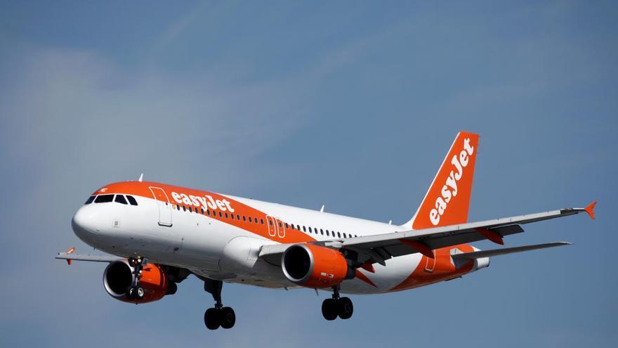 Un pasajero tripula un avión para salvar sus vacaciones ante la falta de piloto