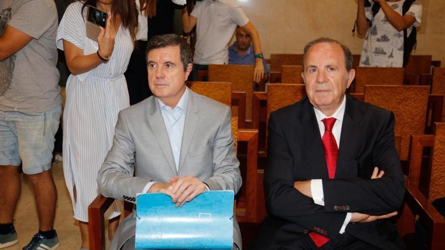 Ex-Premier Jaume Matas packt (fast) aus
