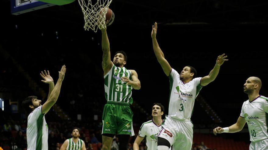Dolorosa derrota del Unicaja en el derbi ante el Real Betis