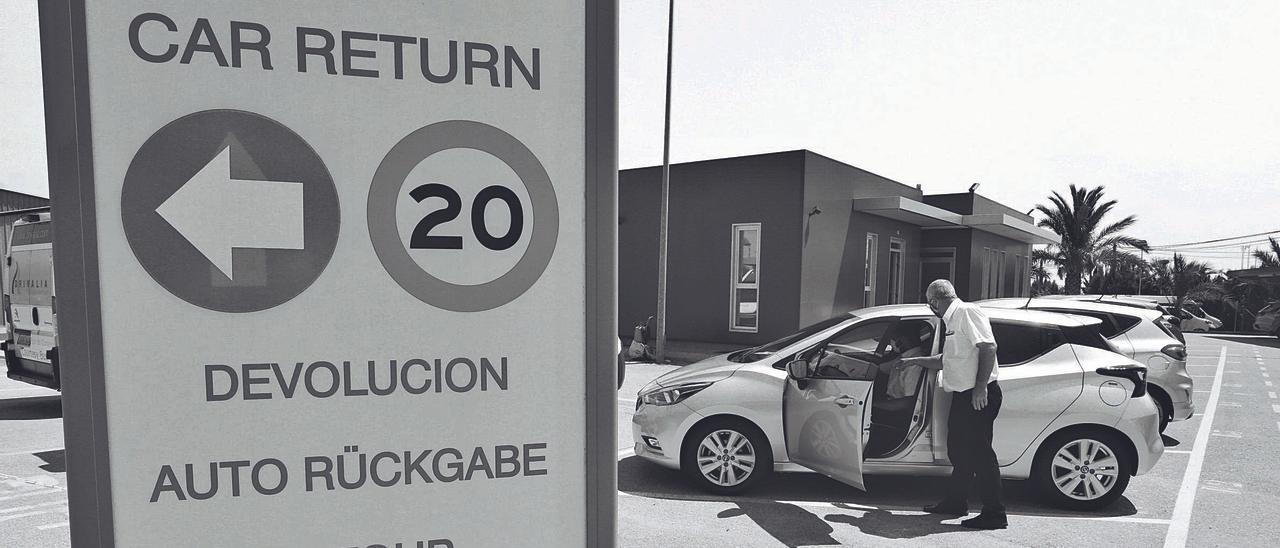 Imagen de archivo del parking de una empresa de rent-a-car. Antonio Amorós