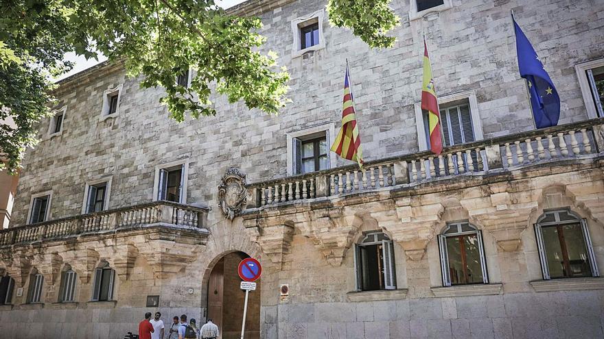 Condenan a 12 años a dos 'mulas' detenidas con dos kilos de cocaína en Palma