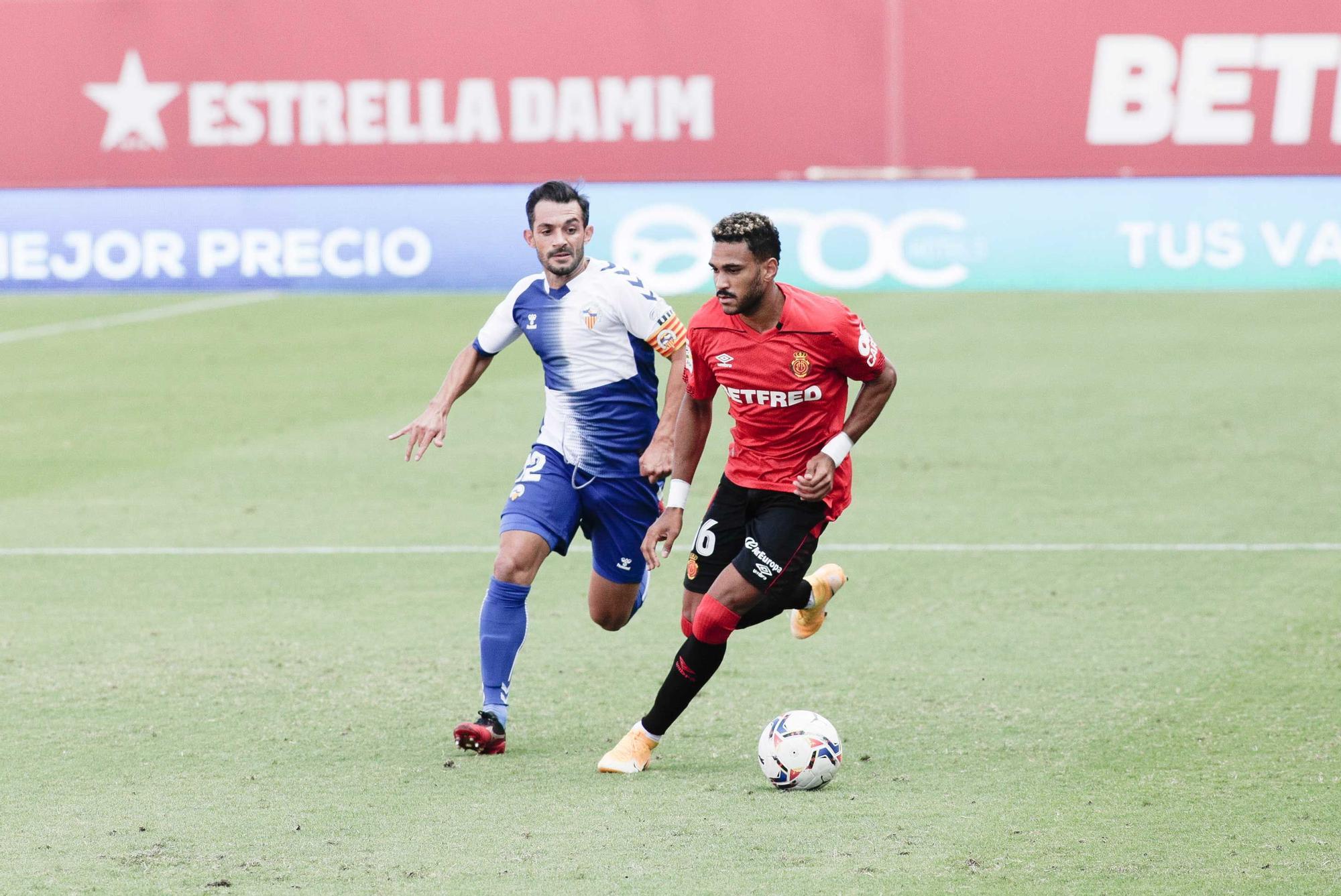El Mallorca vence por la mínima al Sabadell con un gol de Dani Rodríguez