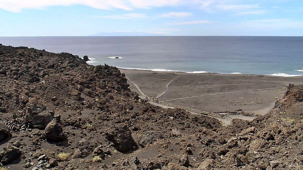 Parcela donde se ubica el proyecto de balneario del Cabildo de La Palma. | | E.D.