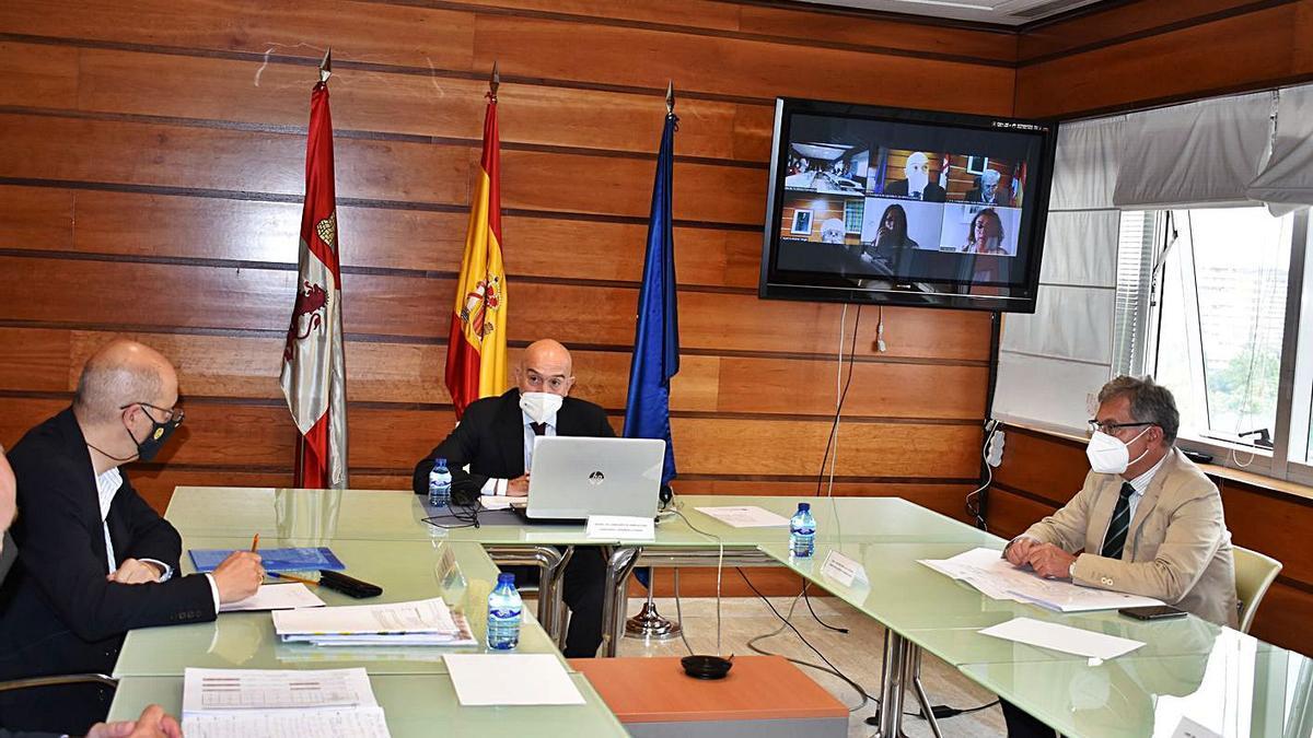 Celebración del Consejo Agrario Regional, ayer en Valladolid.   JCyL