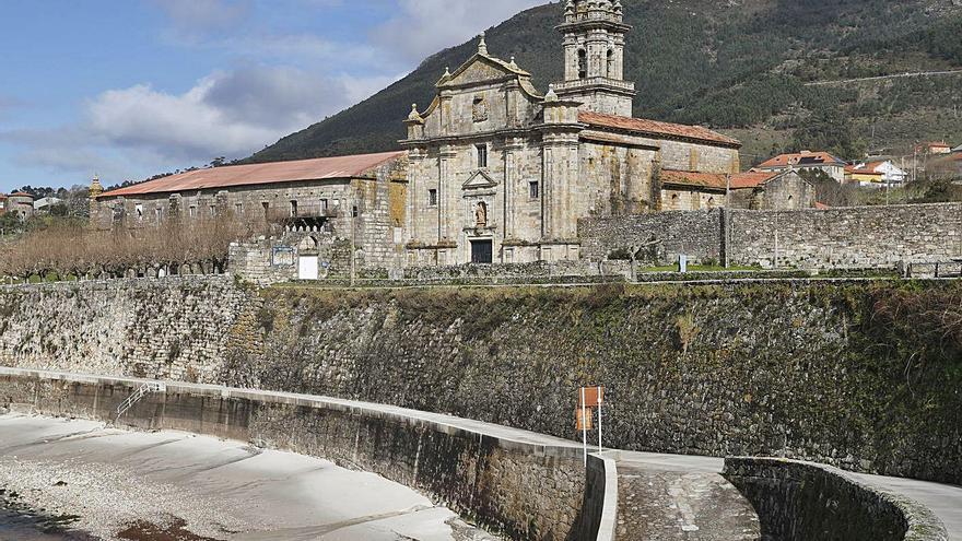 El cambio en la Ley de Costas propuesto por la Xunta podría relanzar el proyecto del Mosteiro de Oia