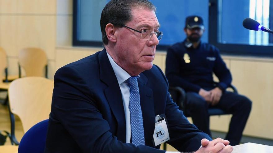 La Audiencia condena a 4 años de cárcel al exconsejero delegado del Banco de Valencia Domingo Parra