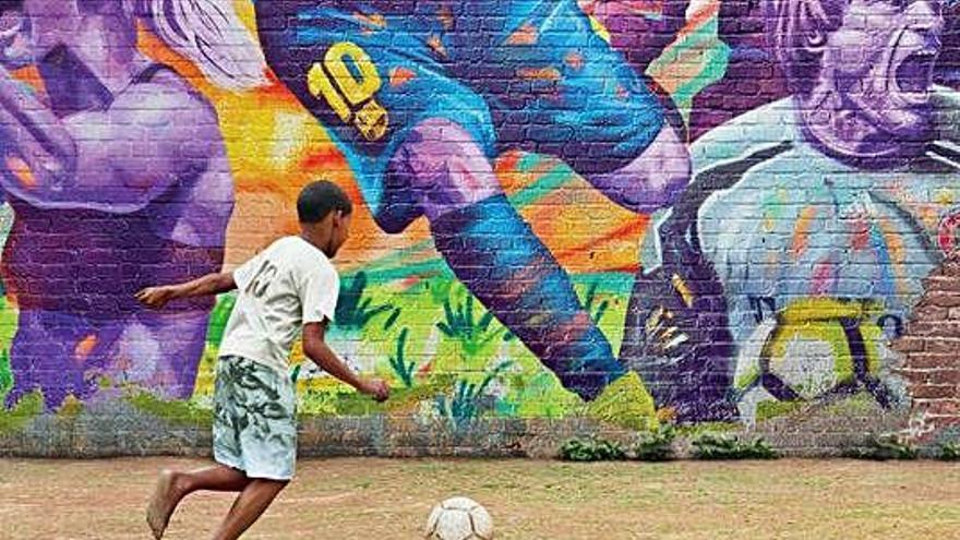 John Carlin estrena «This is Football» a Amazon Prime Video
