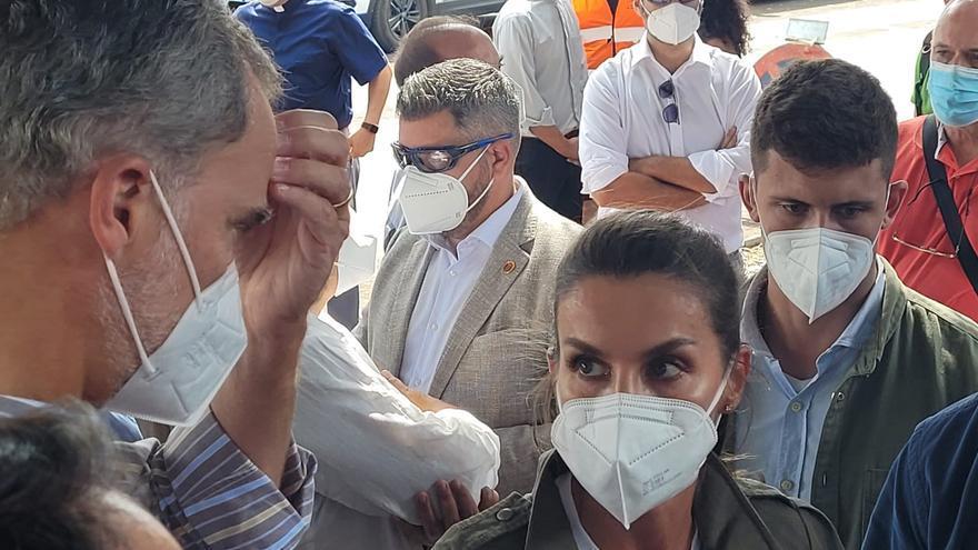 Los Reyes Felipe VI y Letizia visitan Todoque