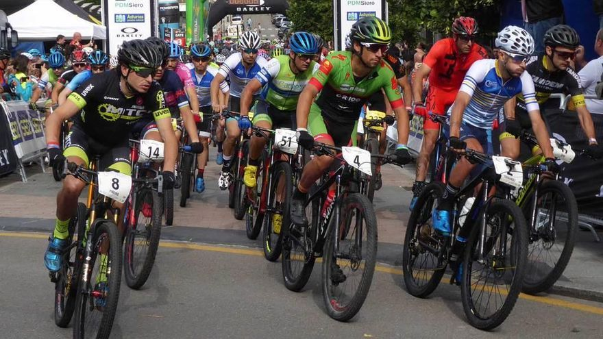 La Asturias Bike Race consolida la Pola como escenario para deporte de alta competición