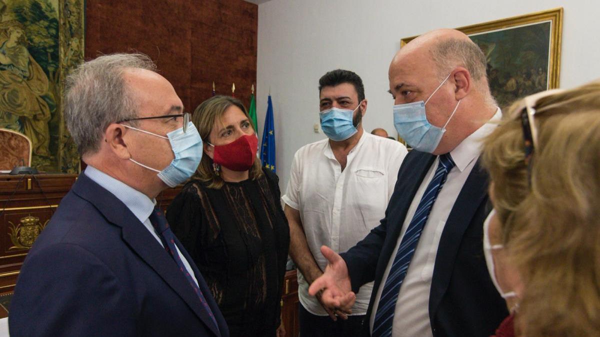 Diputación, empresarios y sindicatos firman el acuerdo 'Juntos X Córdoba' con 6 proyectos