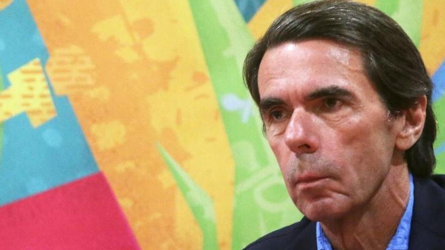 """Aznar diu que hi ha """"un cop d'estat secessionista no desarticulat"""""""