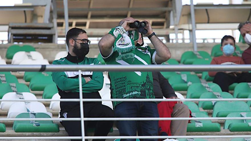 El Córdoba CF-Cádiz B se jugará ante 800 aficionados en El Arcángel