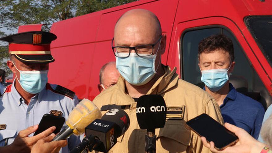 """Els Bombers confien en estabilitzar l'incendi del Montgrí """"en el dia més dur"""" de condicions des de 2003"""