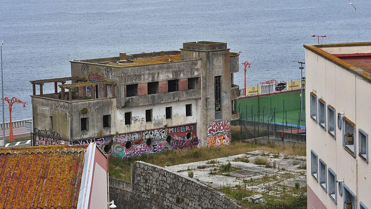 Edificio de la antigua Comandancia de Obras propuesto para albergue de peregrinos.     // VÍCTOR ECHAVE