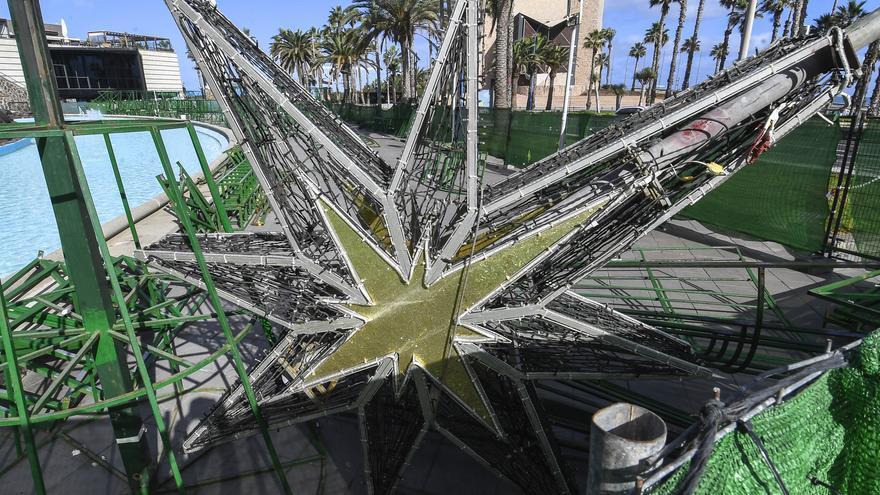 Las Arenas inicia los preparativos para su árbol de Navidad