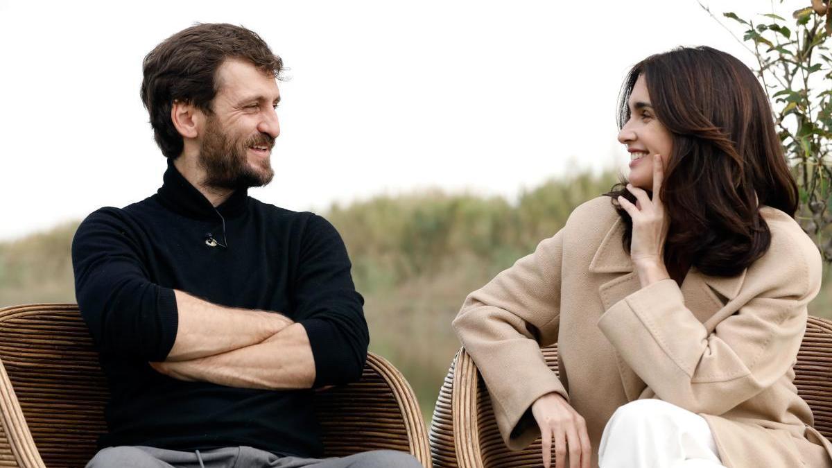 Paz Vega y Raúl Arévalo, protagonistas de 'El Lodo'.
