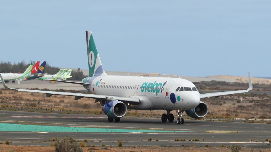 España expulsa a Mauritania a 22 inmigrantes llegados en patera a Canarias