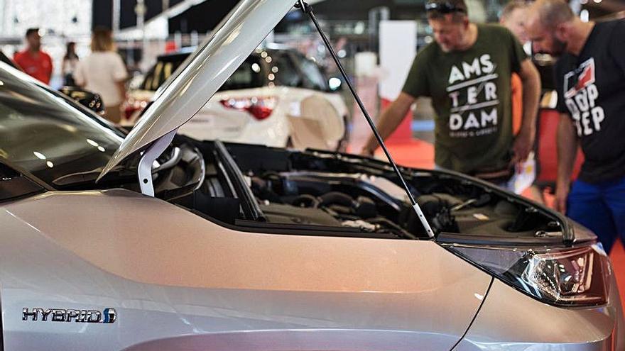 Cabildo y patronal buscan fecha para otra edición del Salón de Automóvil