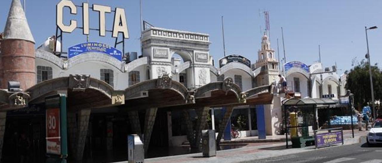 Fachada del centro comercial Cita, ubicado en la avenida de Francia de Playa del Inglés