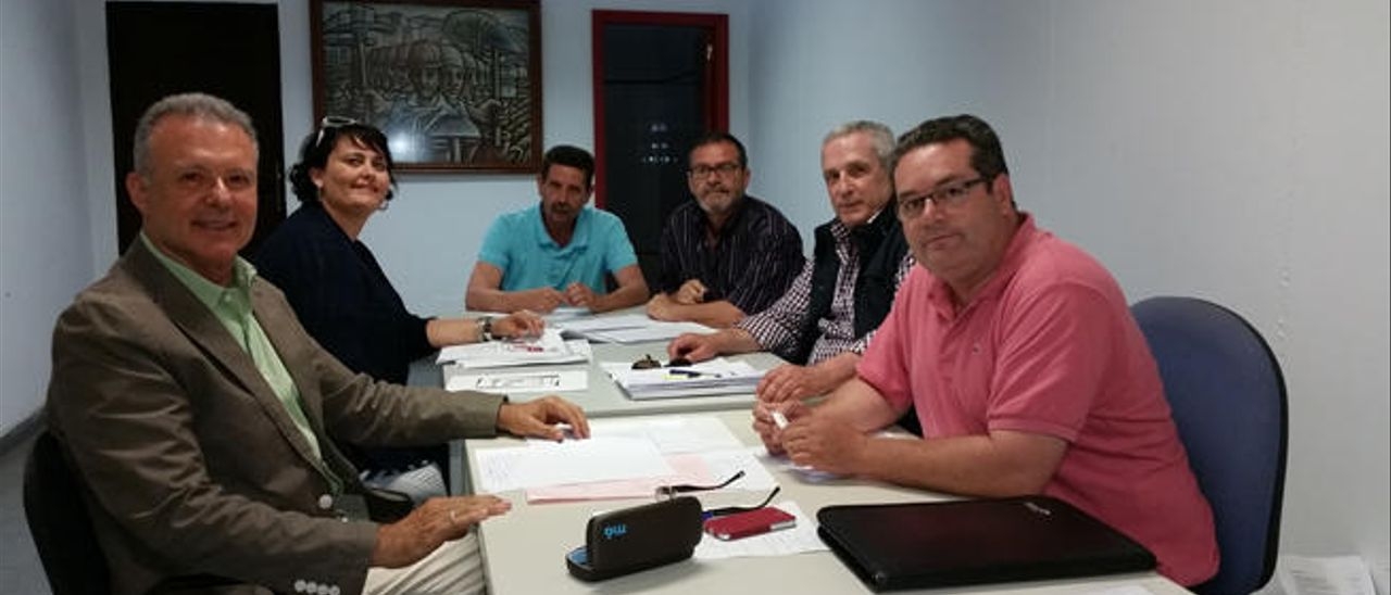 NC, Más por Telde y PSOE discuten punto por punto un programa común