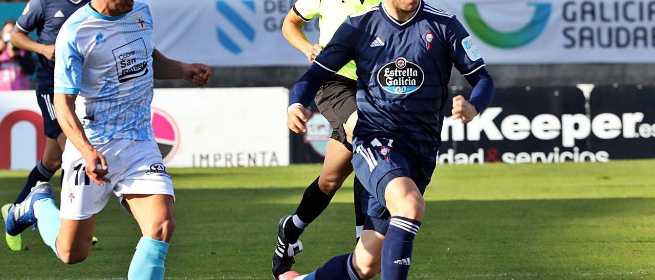 Iker Losada, durante un partido contra el Compostela. // XOÁN ALVAREZ