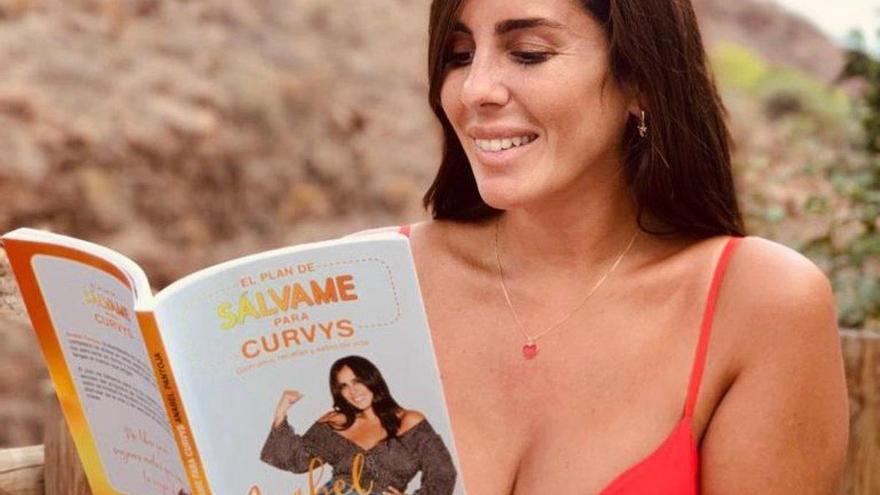 Así son las 'pantorecetas' de Anabel Pantoja para 'curvys'