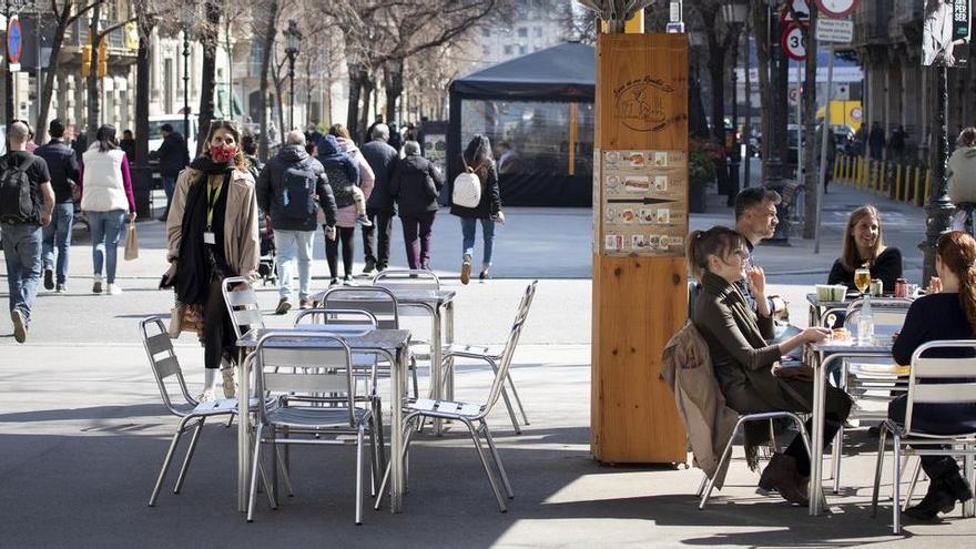 Bars i restaurants podran reobrir fins a les 23.00 hores a partir del 9 de maig