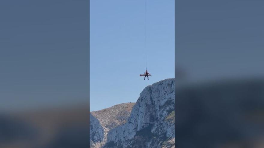 Rescatan a una turista accidentada en Cova Tallada
