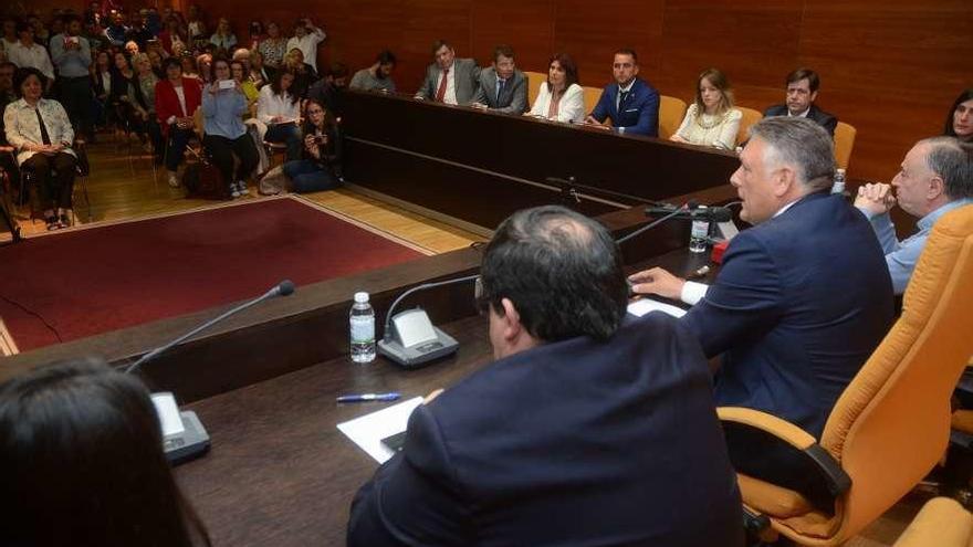Martín cobrará 48.600 euros y sus tres ediles con dedicación exclusiva, 30.600