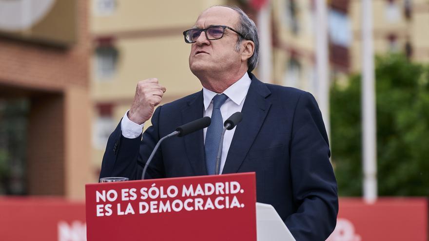 Gabilondo rinde homenaje a las víctimas de la pandemia en su acto en Alcorcón