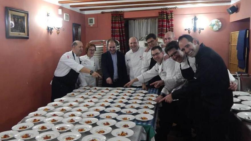 Presentación de la cena 8 chefs 8 platos