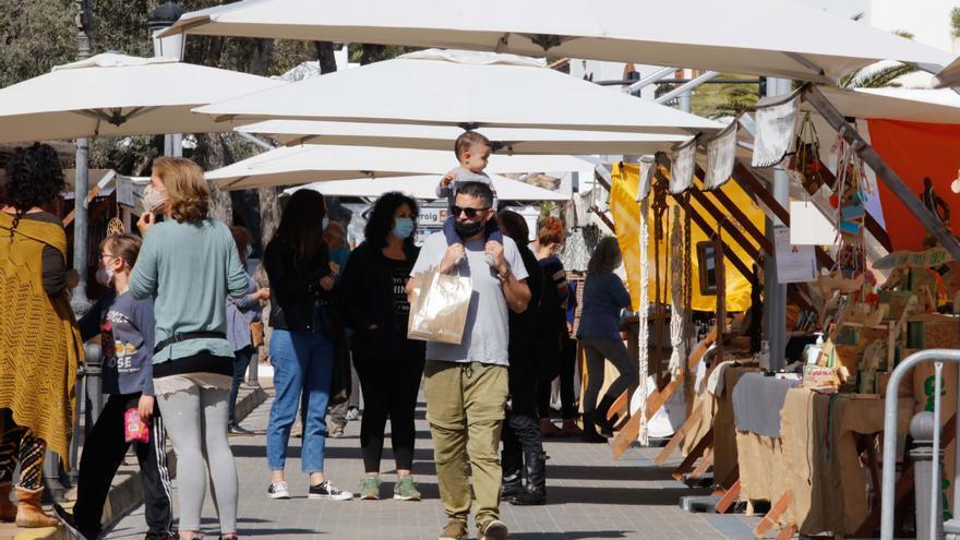 El mercado ecológico de Sant Josep regresa con más espacio y más puestos