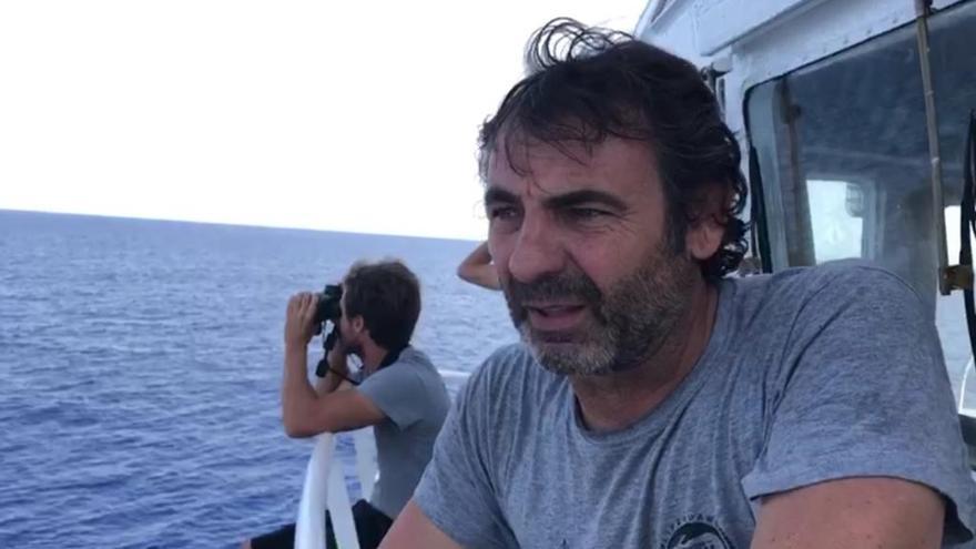 Open Arms demana a Espanya un port per desembarcar la supervivent i dos morts