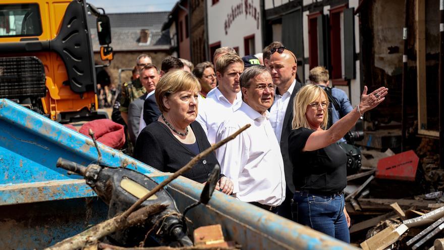 Angela Merkel visita las zonas más afectadas por las inundaciones