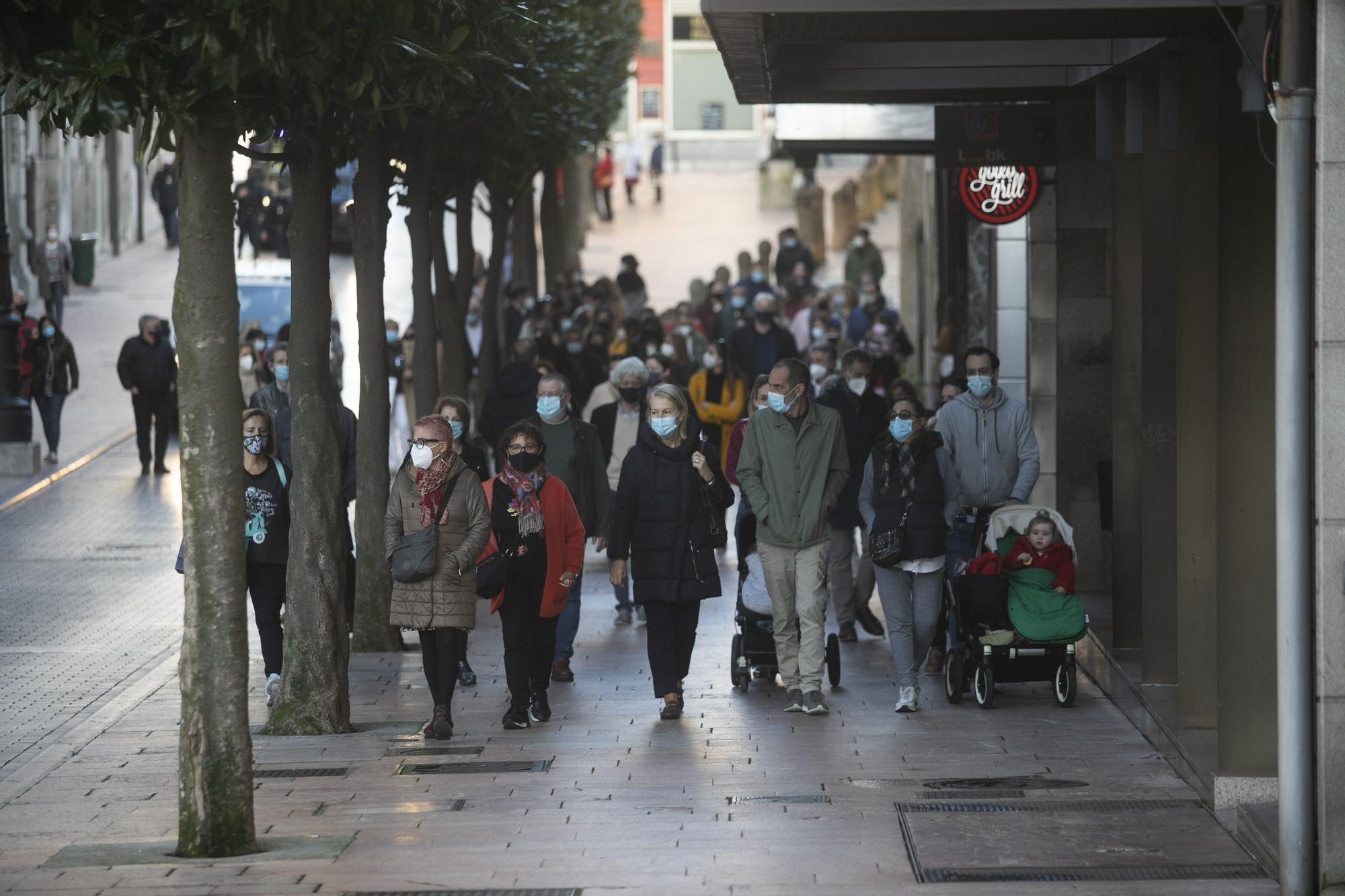 """Los comerciantes salen a la calle: """"Estamos ahogados"""""""