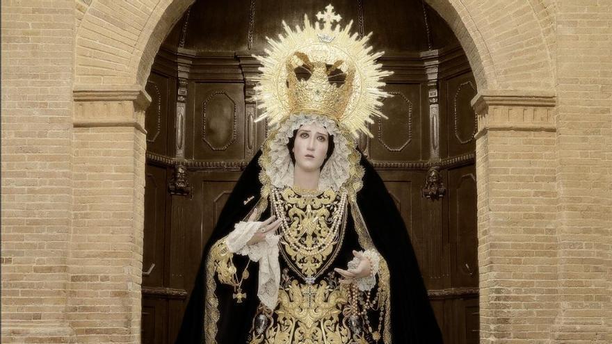 Los Dolores de Coín estrena saya este Viernes de Dolores