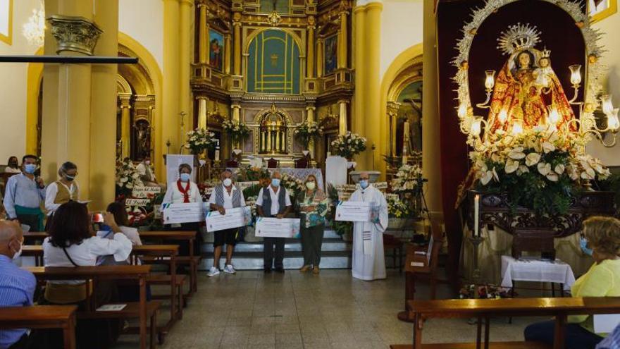 El pueblo de Tejeda honra a la virgen del Socorro y dona 5.000 kilos de alimentos
