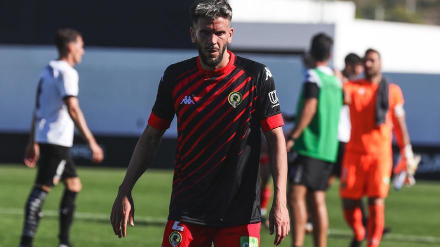 Raúl Ruiz, baja frente al Cornellá por una lesión en el bíceps femoral