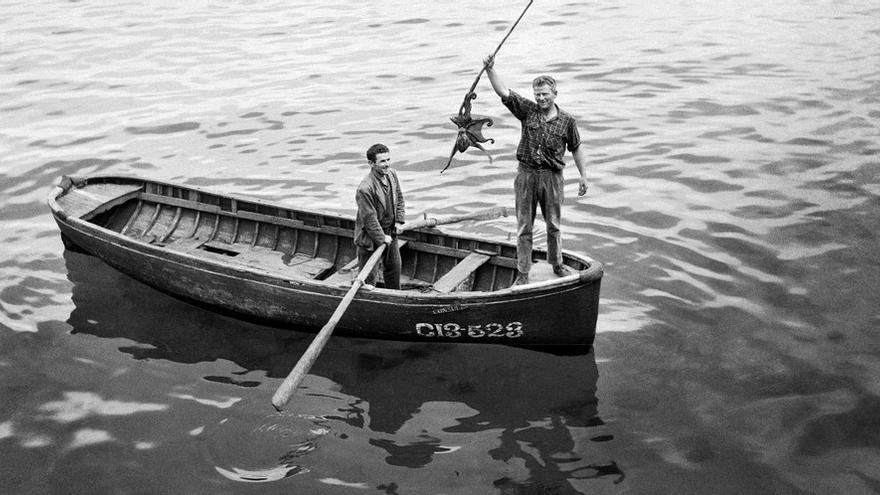 Pescadores en el Cantábrico