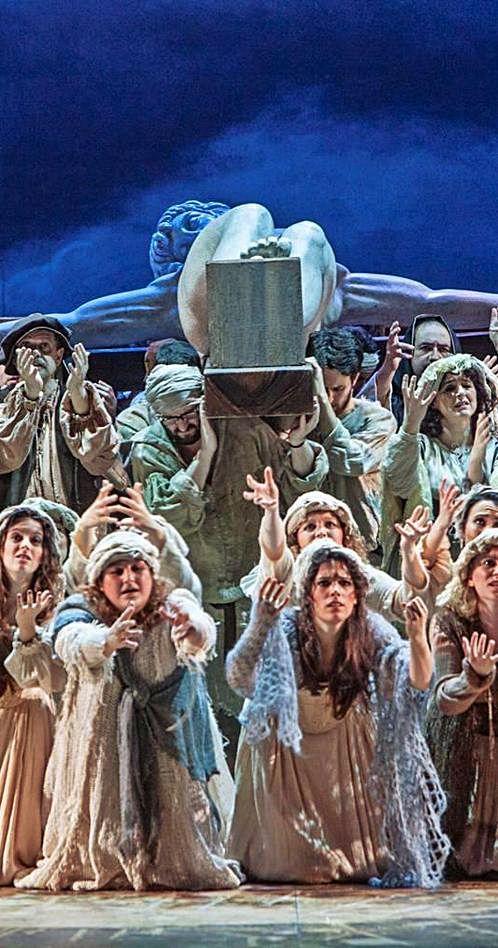 """Representación de """"Don Carlo"""" de Verdi en el teatro Campoamor."""