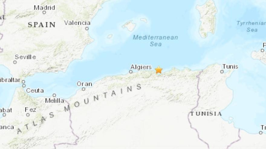 Al menos siete heridos a causa de un terremoto de magnitud 5,9 en el norte de Argelia