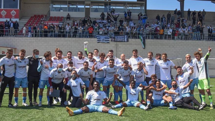 Goleada de campeonato para el Badajoz