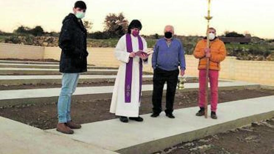 Matellanes, con solo 5 sepulturas libres, amplía el cementerio con 60 panteones