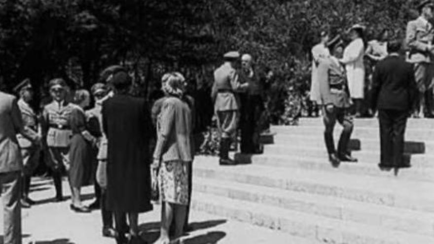 Imatge de la inauguració de l'«Hogar Alemán»