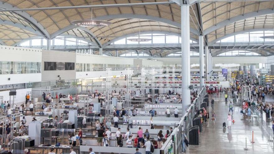 El aeropuerto de Alicante estrena una nueva ruta a Ginebra operada por Swiss