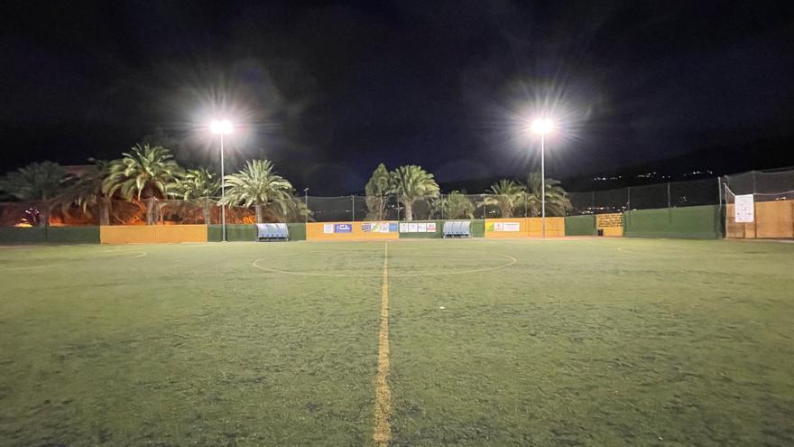 Gáldar mejora la iluminación del Estadio Antonio Castillo