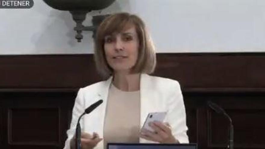 Troleo en directo a la Universidad de Salamanca: preguntas de Rosa Melano y Elver Galarga